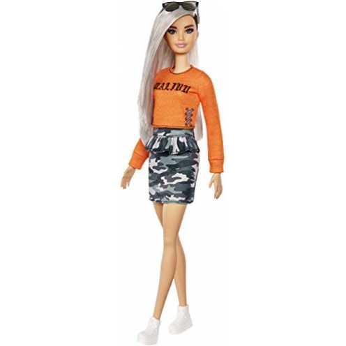 nachhaltig Barbie FXL47 - Fashionistas Puppe im Malibu T-Shirt und Camouflage Rock mit silbernes Haar, Puppen Spielzeug ab 3 Jahren ökologisch